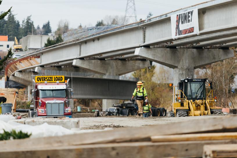 New girders to support the East Link light rail guideway in the Bel-Red area of Bellevue.