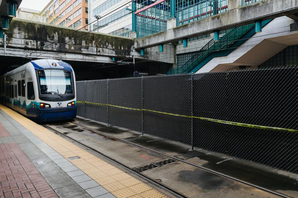 A view of the new fencing in International District/Chinatown Station from the platform.