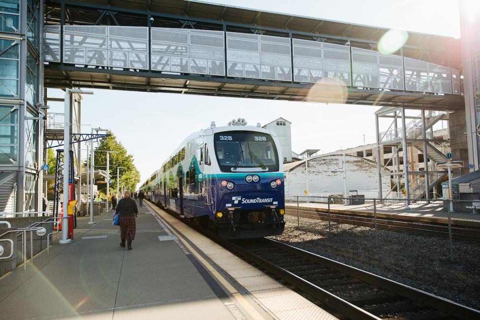 Sounder train at Kent Station