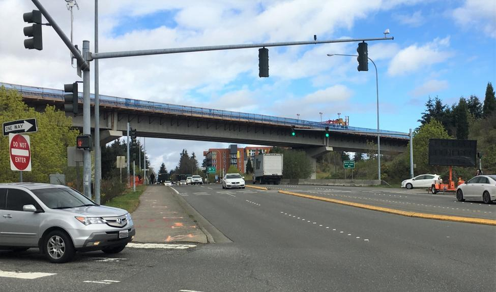 Photo of 148th Avenue Northeast at SR 520.