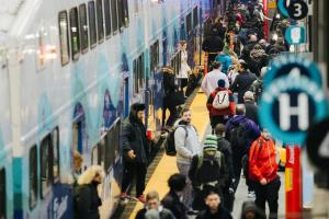 Image of riders boarding the Sounder Train